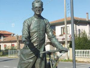 don-sandro-dordi-statua