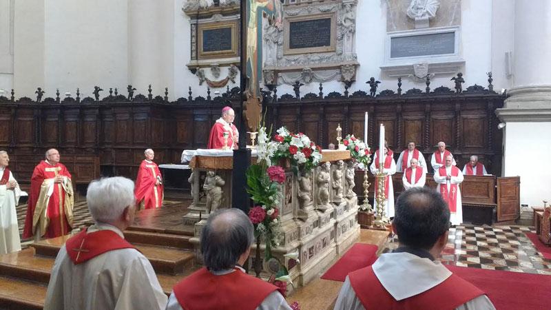 pontificale