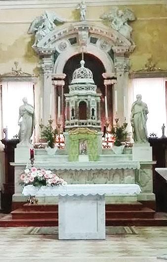 nuovo-altare-S-pietro
