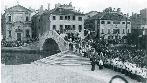 Processione-corpus-domini-1923