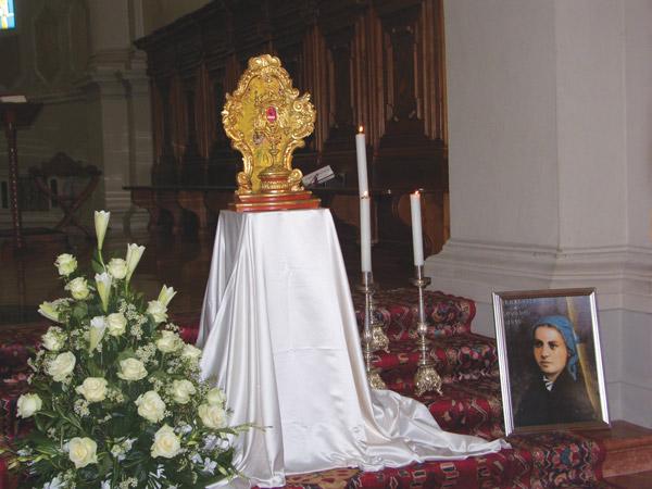 Reliquia-di-Santa-Bernardetta-Donada